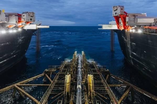 Embarcação pioneira de lançamento de poços da Spirit. Foto: Direcção de Informação, Gazprom