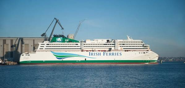 Ferry newbuild WB Yeats en el muelle FSG (Foto: FSG)