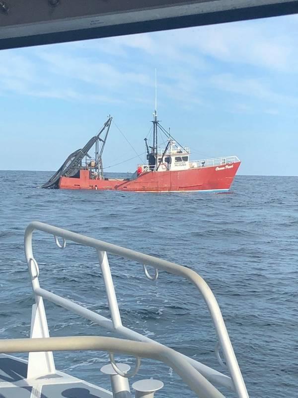 Foto da Guarda Costeira dos EUA por um suboficial de 3ª classe Brent Tilley