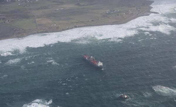 Harrier, anteriormente chamado Tide Carrier, foi detido após sofrer uma falha no motor e começou a deslizar para fora de Jæren, em Rogaland. (Foto: Kystverket)