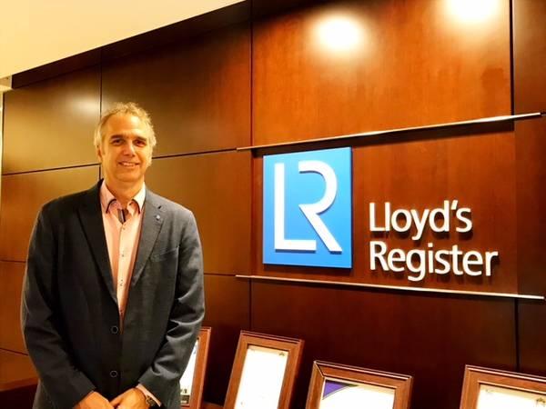 Το Lloyd's Register (LR) ανακοίνωσε ότι ο John Hicks είναι Πρόεδρος της Americas Marine & Offshore.
