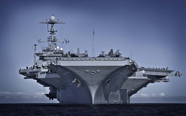 NRL目前正在与海军海上系统司令部,海军系统工程理事会,船舶完整性和性能工程(SEA 05P)合作,将新的颜料组合转变为军用规格。最近接收它的船只是乔治华盛顿号航空母舰(CVN 73)。 (图片:美国海军)