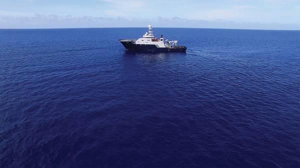 O R / V Petrel, de propriedade da Microsoft Cofounder e Philanthropist Paul G. Allen, no mar em busca do USS Indianapolis. (Foto cortesia de Paul G. Allen)