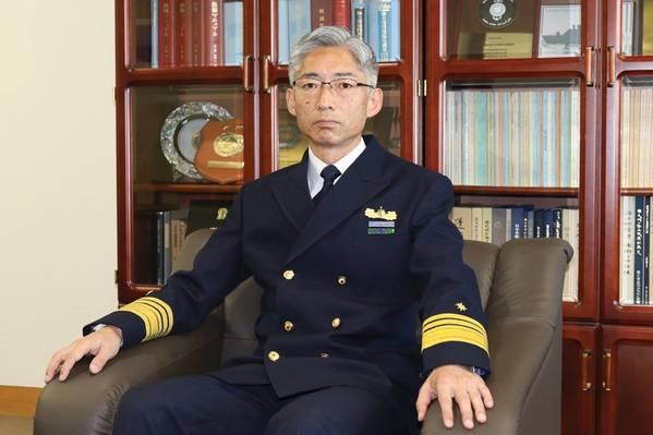 Shuichi Iwanami, Comandante, Guardacostas de Japón. Foto: JCG
