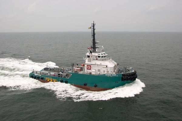 O navio de abastecimento de rebocadores offshore Bourbon Rhose afundou no Oceano Atlântico, a cerca de 60 milhas náuticas do olho do furacão da categoria 4 Lorenzo, na quinta-feira. (Foto do arquivo: Bourbon)