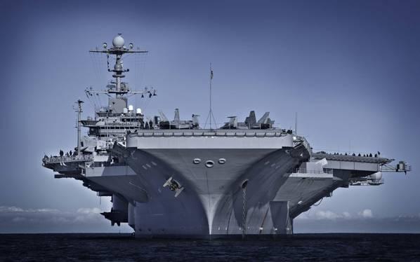 एनआरएल वर्तमान में नौसेना सी सिस्टम्स कमांड, नौसेना सिस्टम इंजीनियरिंग निदेशालय, शिप इंटीग्रिटी एंड परफॉर्मेंस इंजीनियरिंग (एसईए 05 पी) के साथ मिलकर काम कर रहा है ताकि नए पिगमेंट संयोजन को सैन्य विनिर्देश में परिवर्तित किया जा सके। इसे प्राप्त करने वाला सबसे हालिया पोत यूएसएस जॉर्ज वाशिंगटन (सीवीएन 73) था। (छवि: यूएस नेवी)