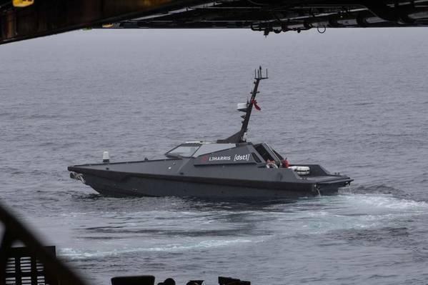 (写真:イギリス海軍)