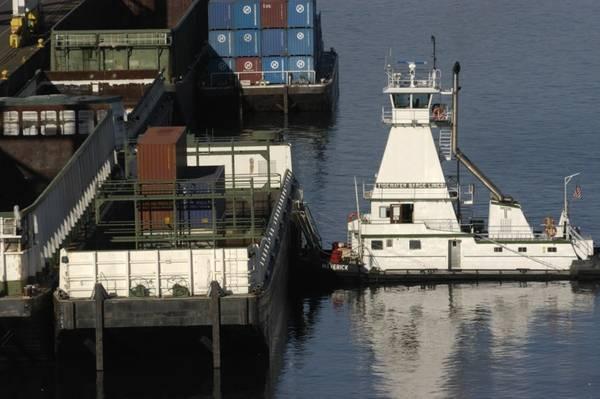Imagem do Arquivo: CREDIT Port of Portland, OR