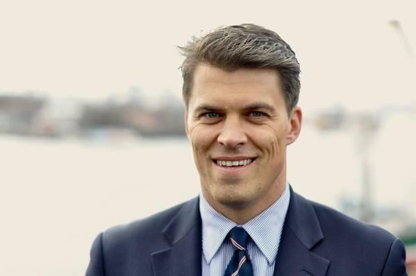 """""""Dieses Segment konzentriert sich auf Sondereinsätze und wird von unterschiedlichen Regeln gesteuert. Daher haben wir uns entschlossen, ein spezielles Expertenteam einzusetzen, das speziell auf die Bedürfnisse des Offshore-Marktes eingeht"""", sagte Matthias Mueller, Geschäftsführer von BSM Offshore."""