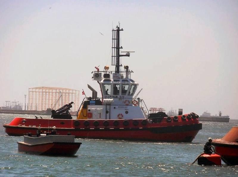 Tugboat driver training