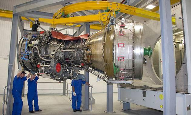 Rolls-Royce Gas Turbines For UK Royal Navy