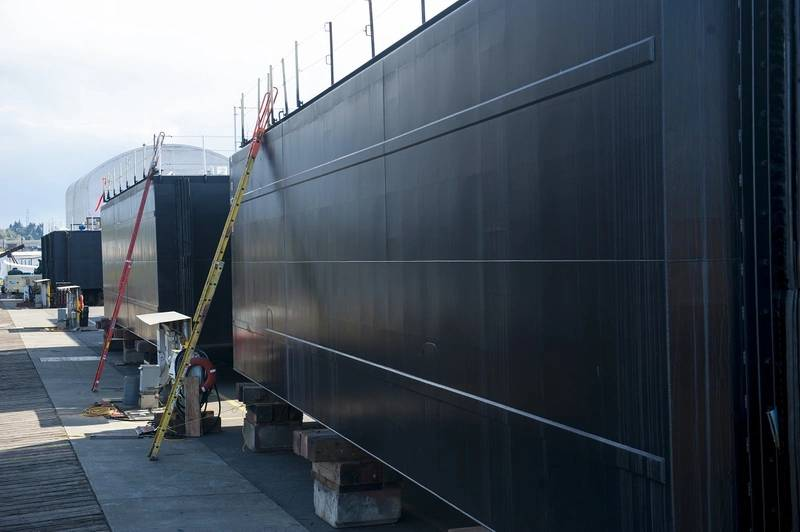 Vigor S Tacoma Yard Delivers Breasting Barges To Foss