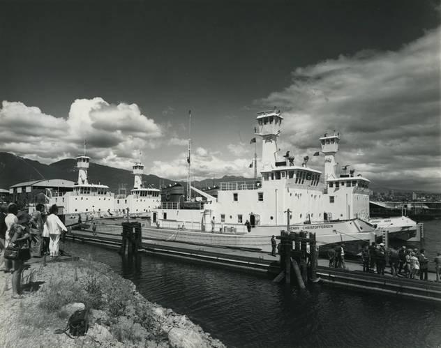 1972:  Mackenzie River Tugs. Photo courtesy Robert Allan Ltd.
