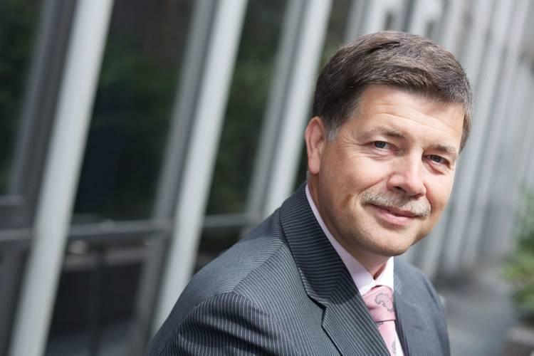 Ronald Spithout, Inmarsat Maritime President