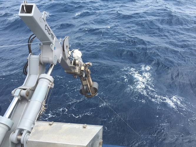 Allied Marine Crane CTD-11V in action, as part of Markey's 'Oceanographic' offering, on the U.S. Navy research vessel RV Sally Ride. (Photo: Ross Murray, Markey Machinery)