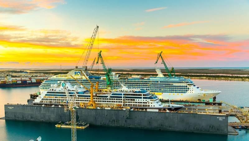 Azamara Journey / Coral Princess (Photo: Grand Bahama Shipyard)