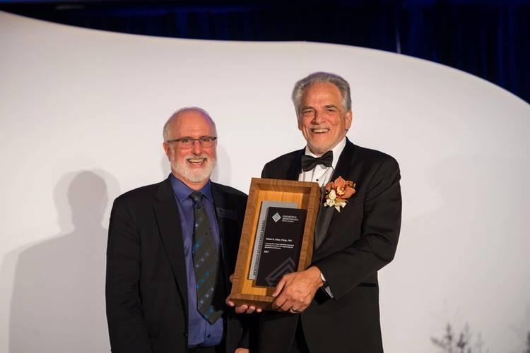 Bob Stewart, P.Eng., President of EGBC with Rob Allan (Mike Crane Photography)