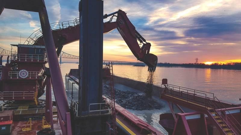 Dredge New York. Photo: Great Lakes Dredge & Dock