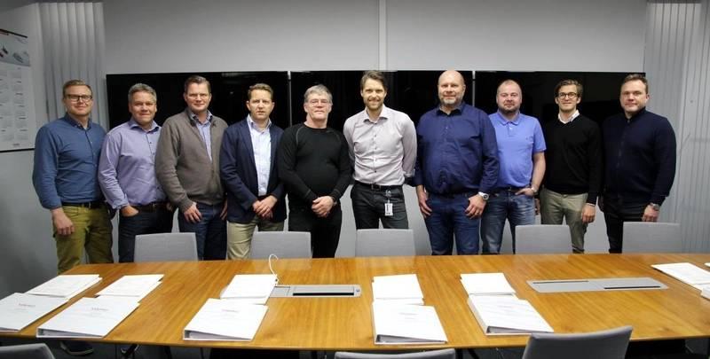 From left: Hjörvar Kristjánsson, Samherji; Ásgeir Gunnarsson, Skinney-Þinganes; Aðalsteinn Ingólfsson, Skinney-Þinganes; Gunnþór Ingvason, SVN; Guðmundur Alfreðsson, Bergur-Huginn; Geir Larsen, Vard Aukra; Freyr Njálsson, Gjögur; Grétar Sigfinnsson, SVN; Arnet Rindarøy, Vard Aukra; and Ingi Jóhann Guðmundsson, Gjögur. Not present: Eyvindur Sólnes, Legal Advisor to LEX; and Marianne Blindheim, Senior Legal Counsel, VARD (Photo: Vard)