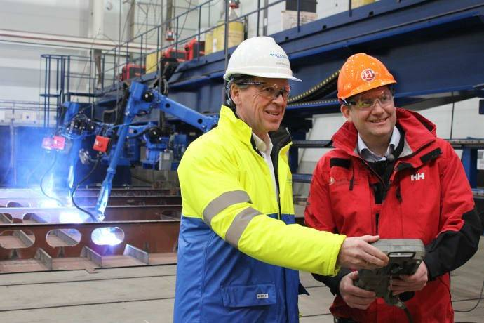 Hurtigruten CEO Daniel Skjeldam (right) officially started the construction of MS Roald Amundsen at Kleven Yards, Norway. Kleven CEO Ståle Rasmussen (left). (Photo: Hurtigruten)