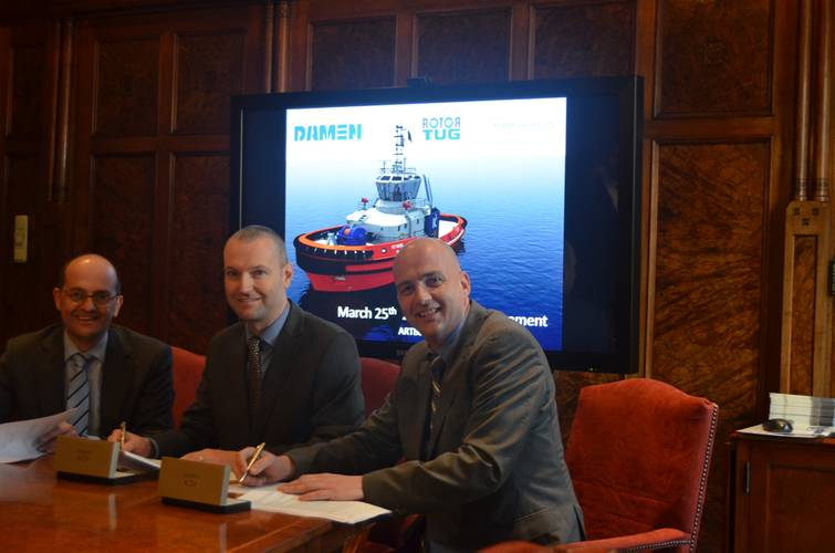 Left to Right: Mijndert Wiesenekker, Damen; Todd Barber, Robert Allan Ltd; Evan Willemsen, Rotortug