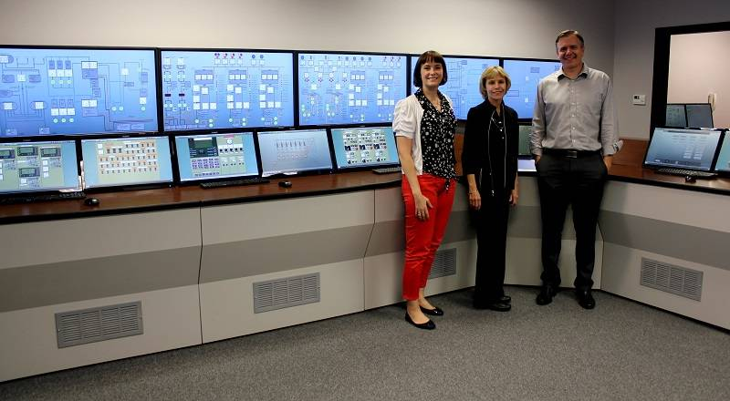 Left to right: Rosemary Mackay, Lead Engineering Instructor and Simulator Operator; Denise Johnston, Director, Resolve Maritime Academy; David Boldt, Simulation Training Group Manager