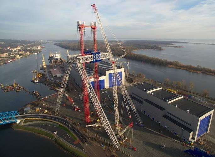 Lifting operation of the Goliath crane in progress (Photo: Bilfinger Mars Offshore)