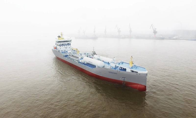 LNG powered product tanker Ternsund (Photo: Terntank)