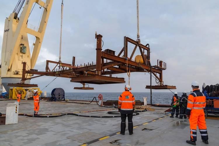 Lofting reference frame (Photo: SAL Heavy Lift)