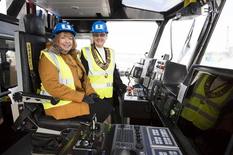 Maria McCaffery RenewableUK CEO and Sue Blatchford Mayor of Southampton (Photo: JFMS)