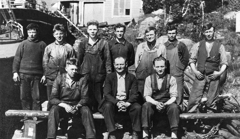 Martin Ulstein and his colleagues at Ulstein mek. Verksted, probably in 1927 (Photo: Ulstein)