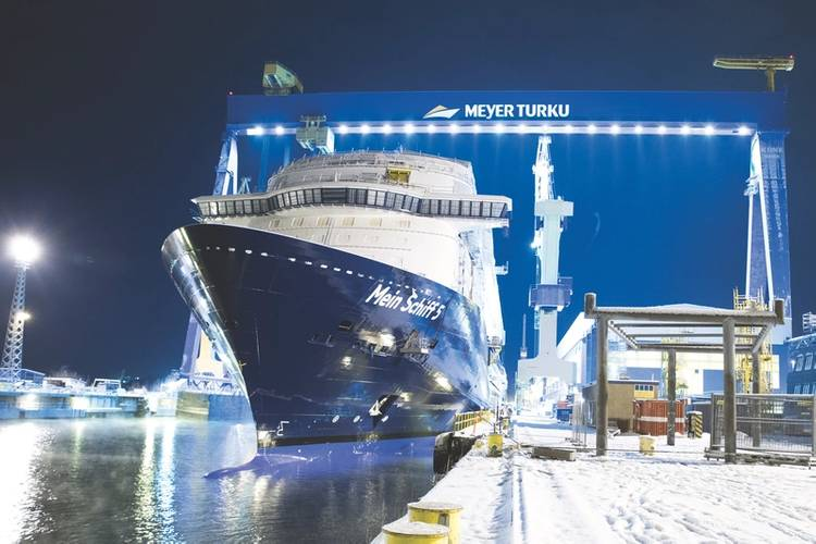 Mein Schiff 5 float out. The cruise ship was delivered in June 2016. (Photo: Meyer Turku)