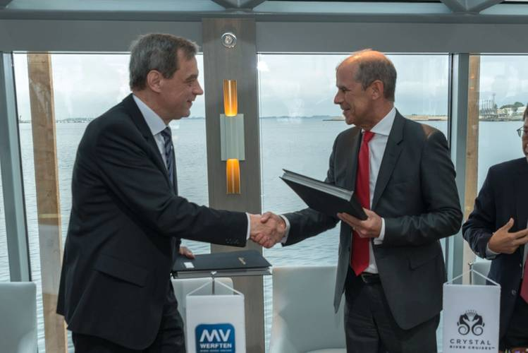 MV WERFTEN CEO, Jarmo Laakso, and Tom Wolber, President and CEO of Crystal Cruises (Photo: MV WERFTEN)