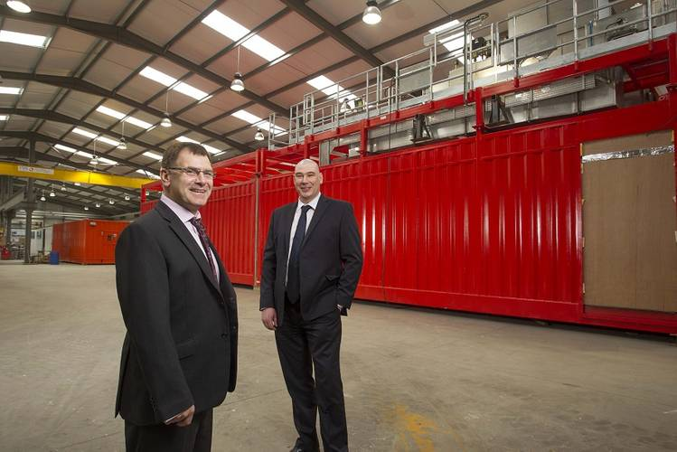 Norman Porter (left), Business Unit Director Europe, Middle East, Africa and Asia Pacific and Ross Williamson, Project Engineer. (Photo: HB Rentals)