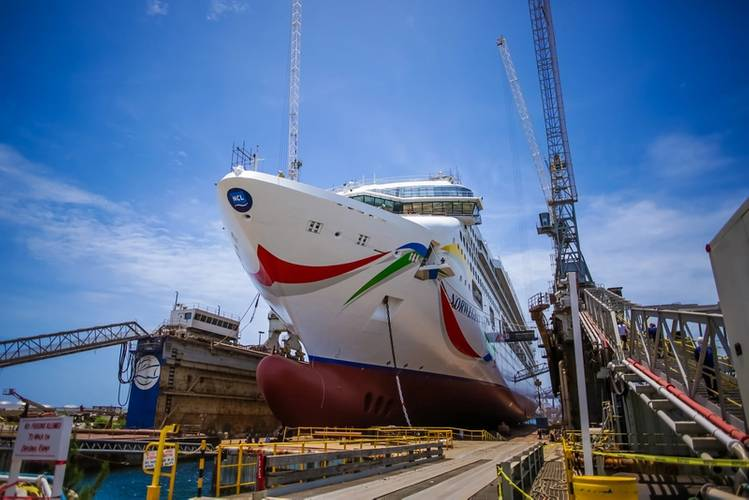 Norwegian Dawn (Photo: Grand Bahama Shipyard)