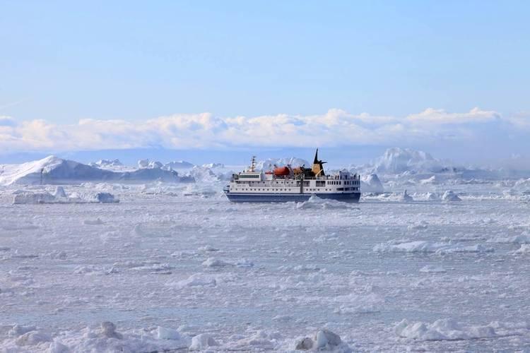 Ocean Nova on ice Photo Inmarsat