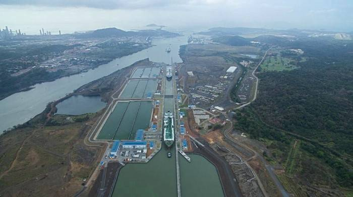 On April 17, the Panama Canal transited three LNG vessels – Clean Ocean, Gaslog Gibraltar and Gaslog Hong Kong – in one day, marking a first for the waterway. (Photo: Panama Canal Authority)