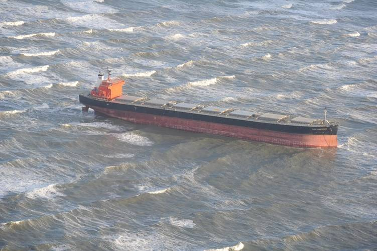 Panama flagged bulk carrier Glory Amsterdam sits aground off the coast of Langeoog island in northern Germany. (Photo: Havariekommando)