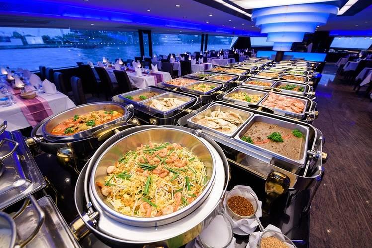 (Photo credit: Tristar Floating Restaurant Co. Ltd.)