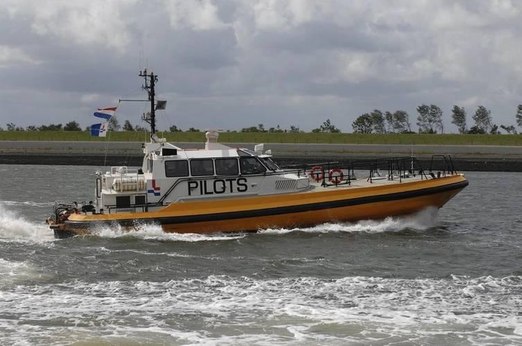 netherlands mariserve buys secondhand pilot boat. Black Bedroom Furniture Sets. Home Design Ideas