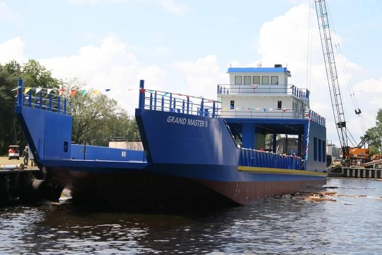 (Photo: St. Johns Ship Building)
