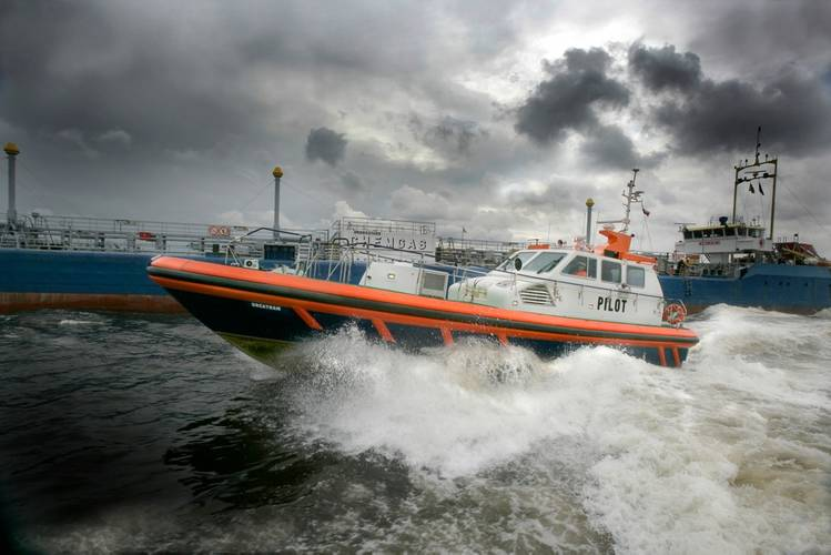 Pilot boat powered by Scania marine engine: Photo courtesy of Scania
