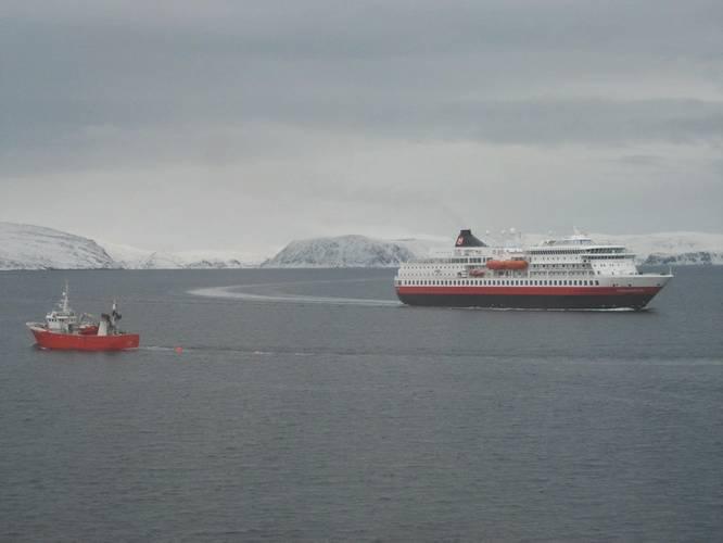 Protected Steel: Near-shore shipping in Norway's near-Arctic (Photo: William Stoichevski)