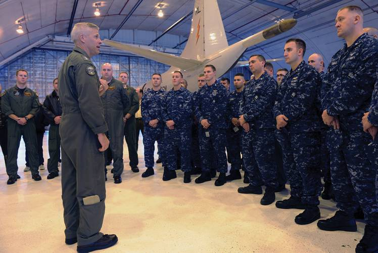 Rear Adm. Matthew Klunder, Chief of Naval Research, meets with squadron personnel assigned to Scientific Development Squadron (VXS) 1 of the Military Support Division at the Naval Research Laboratory. VXS-1 supports the naval research enterprise by conducting manned and unmanned airborne science and technology operations. (U.S. Navy photo by John F. Williams)