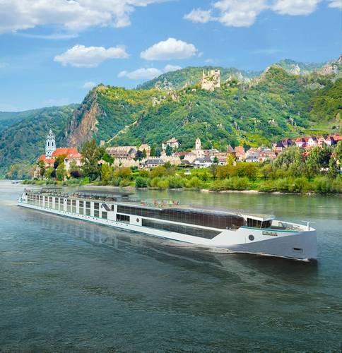 Rhine Class vessel (Rendering: Genting Hong Kong / MV WERFTEN)