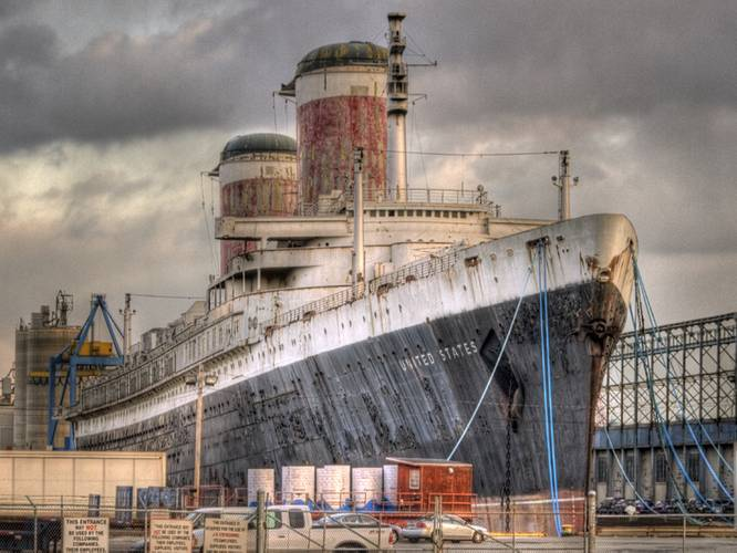 SS United States seen from S. Christopher Columbus Blvd., Philadelphia. (Credit: SS United States Conservancy)