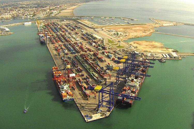 TCV Valencia Spain container terminal Photo APM