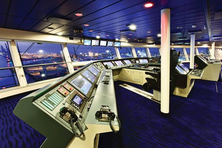 The Bridge on Quantum of the Seas. (Photo: RCL)