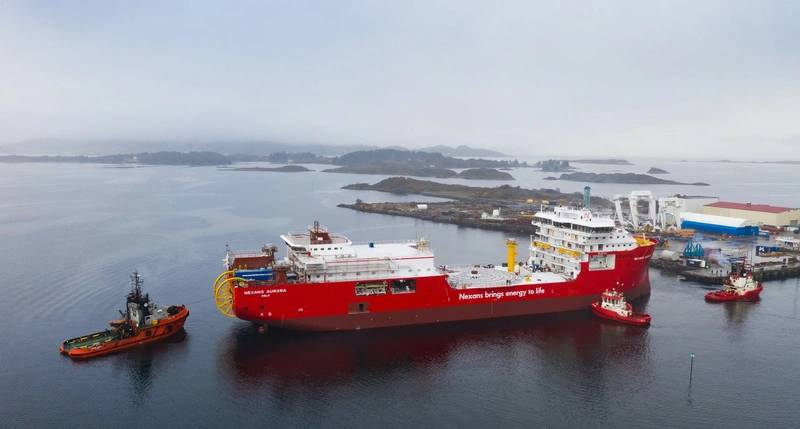 The cable laying vessel Nexans Aurora at Ulstein Verft. (Fotograf Hagen).