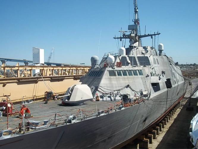 The littoral combat ship USS Freedom (LCS 1) undergoing maintenance while in dry dock at BAE Systems San Diego Ship Repair. (U.S. Navy photo by Josiah Poppler)